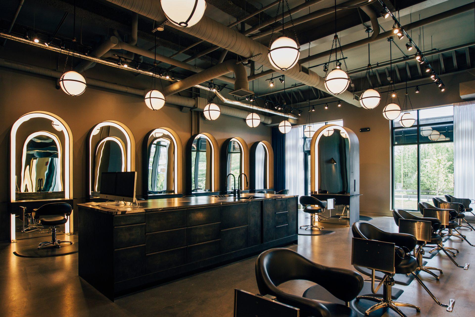 Les immanquables salons de coiffure et barbiers downtown