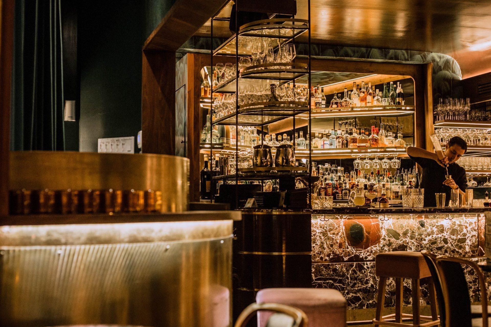 Les meilleurs bars pour une première date