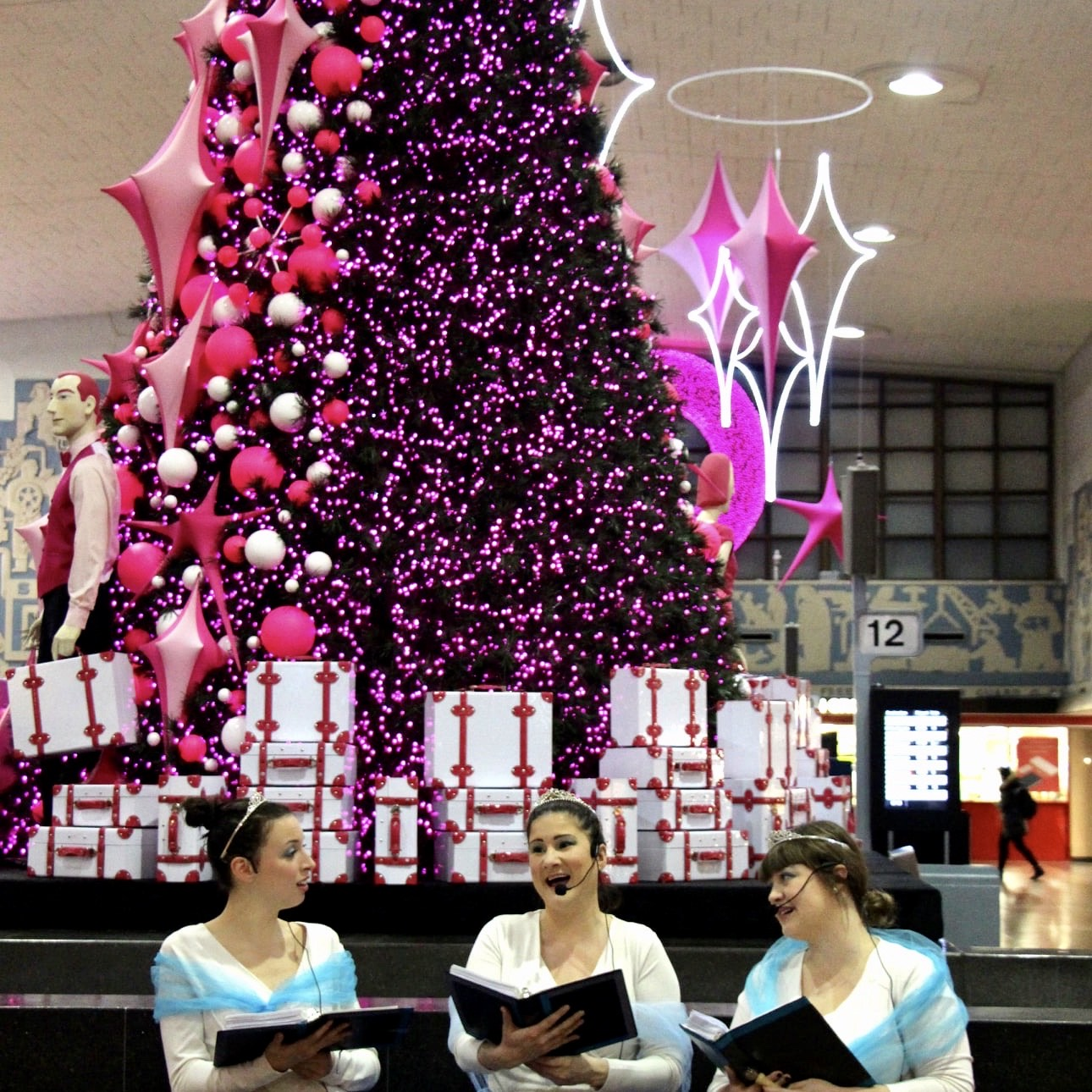 Holidays Choirs at the Central Station